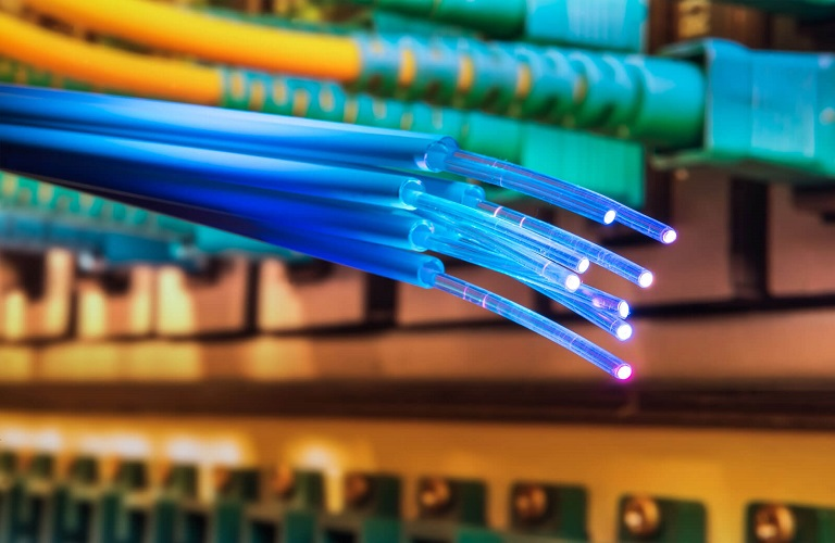 standard_fiber-optic-cable_0